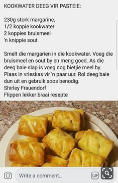 Kos, Ma Baker, Baking Recipes, Snack Recipes, African Dessert, Cut Recipe, Puff Pastry Recipes, South African Recipes, Savoury Baking