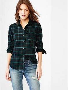 Fitted boyfriend plaid oxford shirt | Gap I've been searching for this exact shirt forever! Still no luck in finding it even on Ebay...if you can't find it on Ebay it doesn't exist. *sad face*