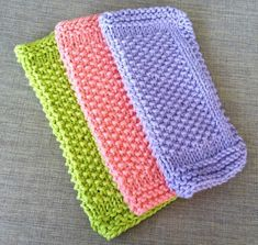 Seed Stitch Dishcloth Pattern - lovely stitch texture - love the look of these plus the colours - FREE KNITTING pattern - beginner Knitted Washcloth Patterns, Knitted Washcloths, Dishcloth Knitting Patterns, Crochet Dishcloths, Knit Or Crochet, Knit Patterns, Crochet Blankets, Stitch Patterns, Easy Knitting