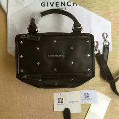 2016 Givenchy Collection Outlet-Givenchy Medium Pandora Black Leather Shoulder Bag studded with silver crosses