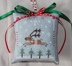 Christmas Cross Stitch 17. $2.00, via Etsy.