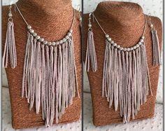 3c34b5e30ebb Collar de flecos de cuero de boho Chaleco De Cuero
