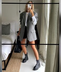 Blazer Outfits, Chic Outfits, Summer Outfits, Fashion Outfits, Effortless Chic, Going Out Outfits, Street Style, Urban Chic, Casual Chic