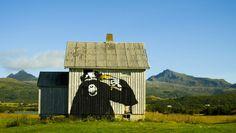 street art in lofoten, norway | dolk