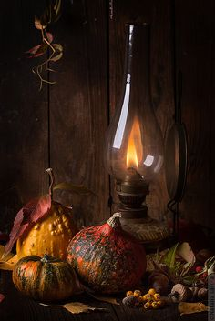 Autumn still life with pumpkins and vintage lamp Still Life Photos, Still Life Art, Autumn Day, Autumn Leaves, Autumn Table, Candle Lanterns, Candels, Lantern Lighting, Vintage Lamps