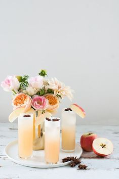 If you're a firm believer in an apple a day keeps the docotor away, then you'll be drinking this Apple Brandy Allspice Fizz cocktail all season long! #Cocktail #recipes #fall