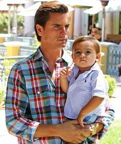 i dont find scott cute at all but im not goon lie.. this is hot and Mason Dash Disick is precious :)