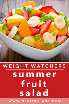 Weight Watchers Summer Fruit Salad Recipe. A sweet and refreshing side dish filled with your favorite in-season fruits. Topped with a sauce of orange juice, lemon juice, brown sugar, orange zest, lemon zest, and vanilla extract. Add or remove any fruit as you prefer. This is a great option for your next cookout, picnic, or just to have in the refrigerator. MyWW Points: 8 Green Plan, 8 Smart Points. Weight Watchers Vegetarian, Weight Watchers Desserts, Food Dishes, Side Dishes, Summer Salads With Fruit, Vegetarian Recipes, Healthy Recipes, Fruit Salad Recipes, Fresh Lemon Juice