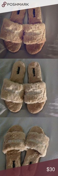 e30b07937 Shop Women's bebe Cream size 11 Slippers at a discounted price at Poshmark.  Description: Cute Bebe slippers Color: cream Material: faux fur Size: Sold  by ...