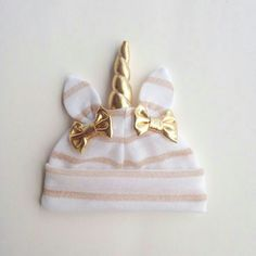 White & gold unicorn hat by lovewhatsmissing on Etsy My Baby Girl, Baby Love, Our Baby, Cute Kids, Cute Babies, Baby Kids, Baby Girl Fashion, Kids Fashion, Unicorn Hat