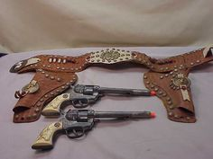 Vintage Hubley Cowboy Toy Cap Gun Holster Set Old Guns