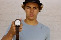 Focus on the Nixon Sentry from the latest 'Cruiser' collection, featuring unique blends of gunmetal, bronze, and character-rich leather. Curren Caples approuved