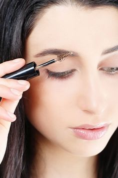 How to Fill in Eyebrows - 8 Easy Steps to Thick Eyebrows Using Makeup