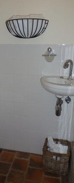 Bekijk de foto van vHarten met als titel Ik heb een ruif gebruikt voor de gastendoekje in m'n toilet. en andere inspirerende plaatjes op Welke.nl.