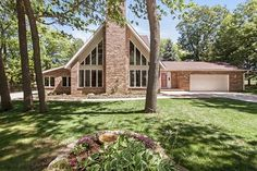 3316 Vilas Rd  Cottage Grove , WI  53527  - $469,500  #CottageGroveWI #CottageGroveWIRealEstate Click for more pics