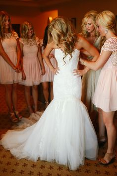 I love everything about this picture. The Drew is stunning and those bridesmaids dresses are perfect.