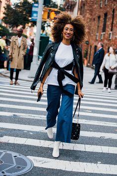 New York Fashion Week Street Style Trends September 2017 New York Fashion Week Street Style, Street Style Trends, Nyc Fashion, Street Style Looks, Street Style Women, Fashion Photo, Autumn Fashion, Fashion Trends, Street Fashion