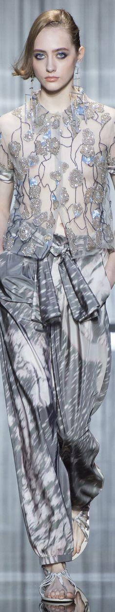 Giorgio Armani - SPRING 2017 READY-TO-WEAR