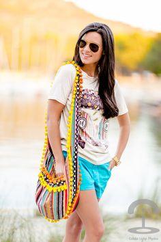 DIY Bolso Hippie http://stylelovely.com/crimenesdelamoda/2013/07/08/diy-bolso-hippie/