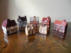 Job Lot Miniature Houses Mudlen End Studio Felsham Pottery Miniature Houses, Vintage Items, Miniatures, Pottery, Studio, Ebay, Home Decor, Ceramica, Studios
