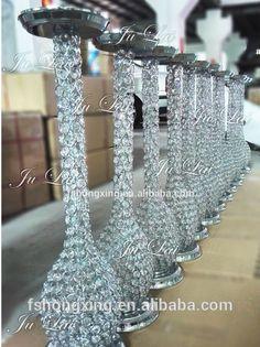 Reception Decorations, Flower Decorations, Wedding Centerpieces, Wedding Table, Table Decorations, Christmas Decorations, Wedding Ideas, Table Flowers, Flower Vases