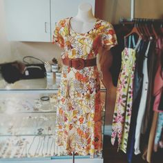Gorgeous floral vintage mid maxi length dress accesorised with a tan vintage belt