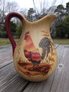 Vintage Rooster Pitcher by MidnightandMagnolias on Etsy Rooster Kitchen Decor, Rooster Decor, Chicken Kitchen Decor, Arte Do Galo, Rooster Art, Chicken Art, Chickens And Roosters, Hens And Chicks, Tole Painting