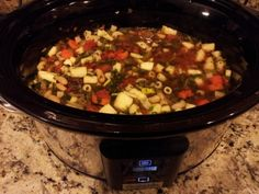 Minestrone Crock pot Soup | I didn't put in the spinach and I chopped all the veg to about the same size (small cubes)