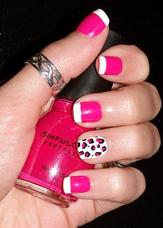 Pink nails with leopard print :)