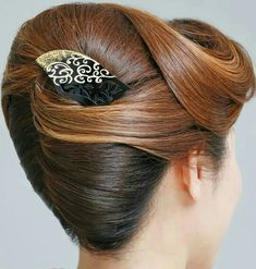 how-to-do-hair-in-a-classic-french-twist - Fab New Hairstyle 1 Easy Updos For Long Hair, Haircuts For Long Hair, Long Hair Cuts, Evening Hairstyles, Everyday Hairstyles, Hot Hair Styles, Hair Styles 2016, Sleek Hairstyles, Hairstyles Haircuts