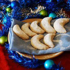 Almond crescent cookies - Christmas cookies