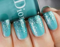 Glittery #turquoise nails. Why not!?