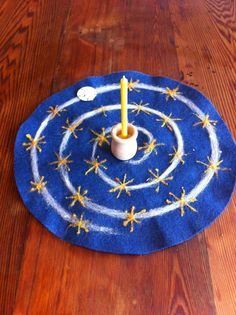Winter ~ Advent Spiral ~ Needle-felted Centerpiece ~ Countdown to Solstice ~ Each day move the sand dollar one star closer to the candle in the center ~ Light candle on Solstice Day