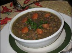 Sopa de Lentilhas com Bacon - Veja mais em: http://www.cybercook.com.br/receita-de-sopa-de-lentilhas-com-bacon.html?codigo=72342
