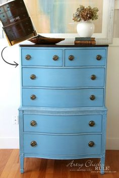 Giverny Chalk Paint Makeover by Annie Sloan. Such a great color and sealed with the White Wax, it's a coastal, beachy treasure. Blue Painted Furniture, Painted Chest, Distressed Furniture, Chalk Paint Furniture, New Furniture, Furniture Makeover, Furniture Dolly, Wooden Furniture, Antique Furniture