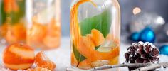 Try our Christmas gin recipe with clementine, ginger and bay. Make your own gin for an easy Christmas gift. Easy spiced homemade gin for Christmas presents Christmas Gin, Christmas Hamper, Christmas Makes, Christmas Ideas, Christmas Recipes, Christmas Stuff, Homemade Christmas, Christmas Desserts, Family Christmas