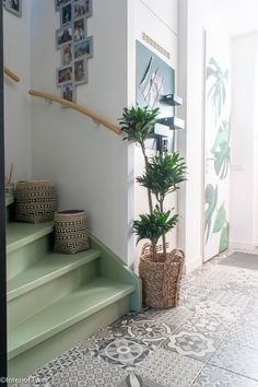 Staircase Wall Decor, Entryway Decor, Custom Home Builders, Custom Homes, Ikea Bank, Interior Styling, Interior Design, One Bedroom Apartment, Home Remodeling