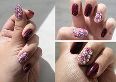 Inspiracją są diamenty oraz moda na paznokcie 3D. Jak diamenty to i elegancja- tylko dwa paznokcie bogato przyozdobione w towarzystwie głębokiego bordo.
