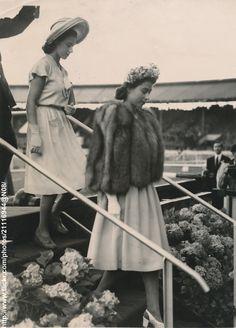 Princesses at horse show   by romanbenedikhanson