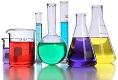 Acizii şi bazele sunt substanţe compuse anorganice sau organice implicate în multe procese naturale sau în reacţiile aplicate în laboratoarele de chimie şi în industria chimică. Acizii Acizii sunt specii chimice (molecule sau ioni) capabile să cedeze protoni. Acizii reacţionează cu: - ...