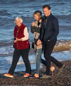 In a good a mood! Tom, Taylor and Diana were in fantastic spirits for much of their chille...