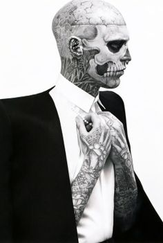 Fellow Canadian, Rick Genest aka Rico The Zombie and Zombie Boy -- Skulls - Black and White Photography - Tattoos - Ink Rick Genest, Scott Campbell, Face Tattoos, Cool Tattoos, Amazing Tattoos, Pilou Pilou, Insane Tattoos, Pin Up, Sick Tattoo