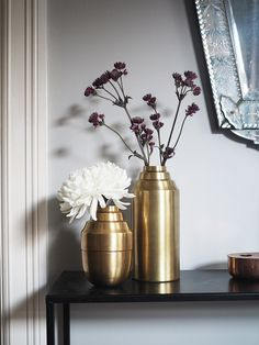 Art deco-inspirert vasefavoritt | OsloDeco Interior Design, Vases, Inspiration, Home Decor, Art Deco, Nest Design, Biblical Inspiration, Decoration Home, Home Interior Design