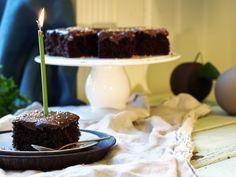 Glutenfri sjokoladekake i langpanne Cake, Desserts, Food, Tailgate Desserts, Deserts, Kuchen, Essen, Postres, Meals