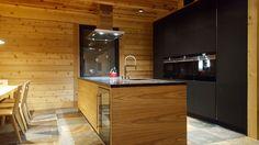 Novy Flat'line 7655, realizace Alin - moderní byt Kitchen Island, Kitchens, Flat, Home Decor, Bell Jars, Island Kitchen, Bass, Decoration Home, Room Decor