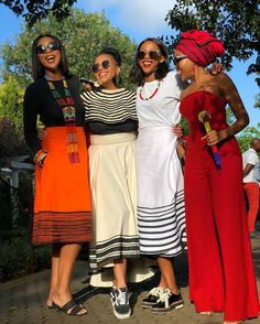 Xhosa attire 2019 For African Women's African Fashion Skirts, South African Fashion, African Fashion Designers, African Print Dresses, African Print Fashion, African Dress, African Clothes, African Prints, Xhosa Attire