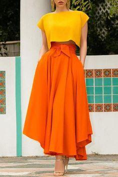 Mode Chic, Mode Style, Tie Skirt, Dress Skirt, Pleated Skirt, Fashion Mode, Look Fashion, High Fashion, Fashion Beauty