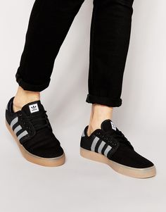 Image 1 of adidas Originals Seeley Woven Trainers D69227