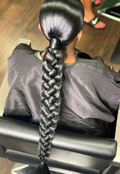 23 Cool Black Ponytail Hairstyles You Have to Try - Hania Style Hair Ponytail Styles, Weave Ponytail Hairstyles, Baddie Hairstyles, Black Women Hairstyles, Curly Hair Styles, Natural Hair Styles, Popular Hairstyles, Black Hair Ponytail, Updo