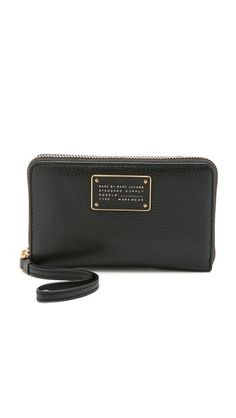 Marc by Marc Jacobs New Too Hot To Handle Wingman Wristlet